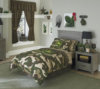 John Deere Camo Print bedding set